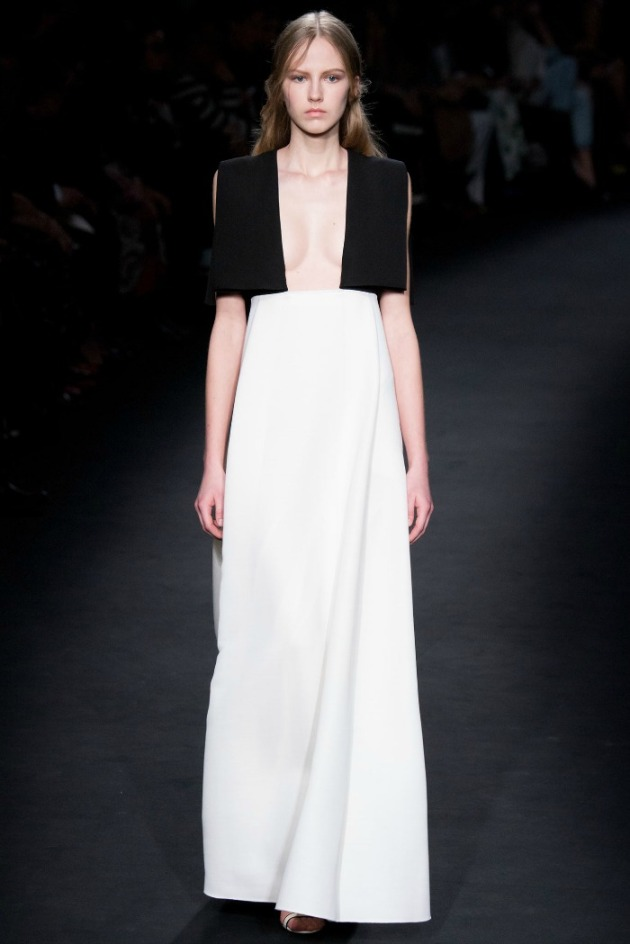 Valentino RTW Fall 2015 Collection