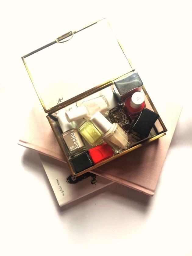 nail polish wardrobe, nail essentials, nail varnish, perfect nail wardrobe, must have nails nail polish varnish