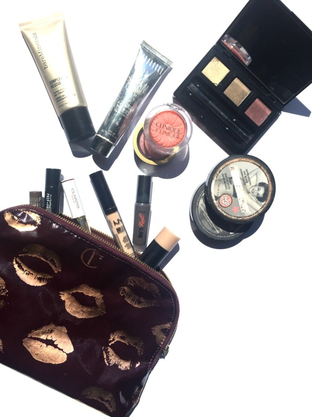 travel-makeup-bag-summer-holiday-travelling-charlotte-tilbury-bronzer-sun-beauty