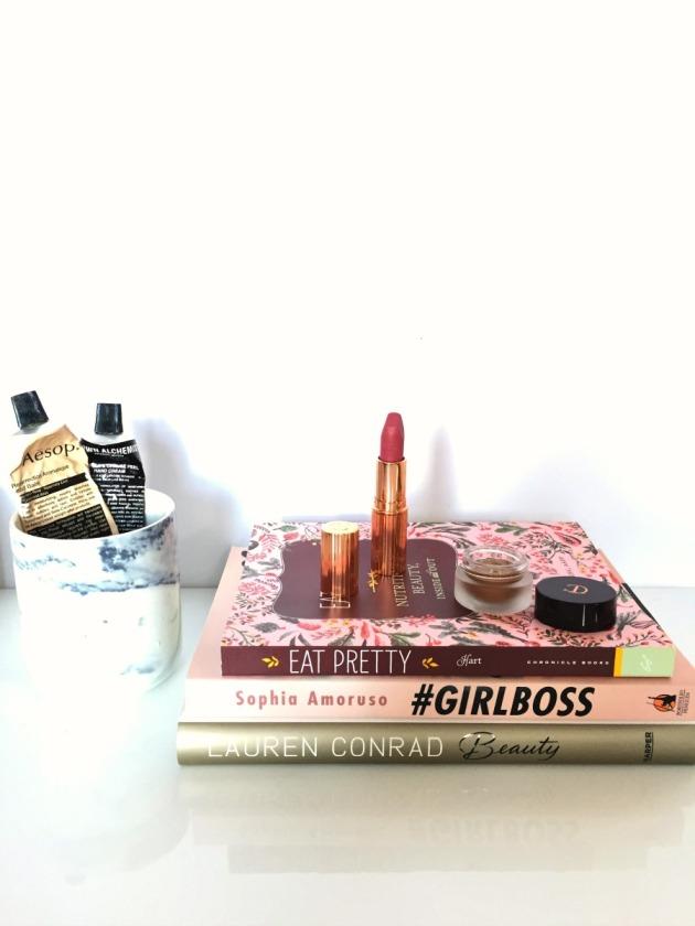 Charlotte Tilbury Haul makeup Beauty Hot Lips Secret Selma Swatch Eyeshadow Lipstick Bette