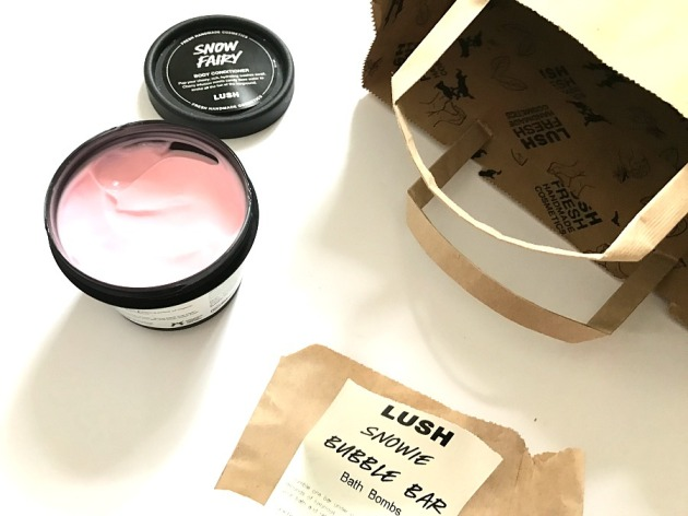 lush snow fairy, body conditioner, christmas 2016, collection, shower gel, new 2016, snowie bubble bar, christmas 2016, lush Christmas 2016