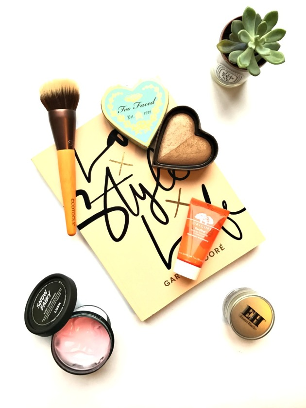too faced, sweethearts bronzer, lush snow fairy, lush christmas, 2016 beauty christmas, holiday, origins ginzing, emma hardie cleansing balm, eco tools, bronzing and blending, love style life, book, fashion, blogger, beauty blogger, succulent