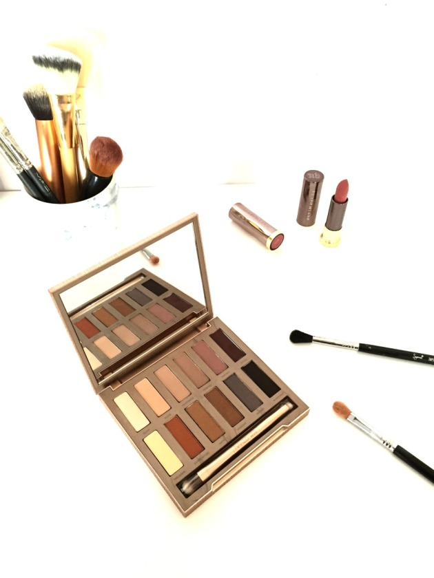urban decay, naked, naked basics, ultimate basics, matte eyeshadow, neutral, review, swatches, urban decay