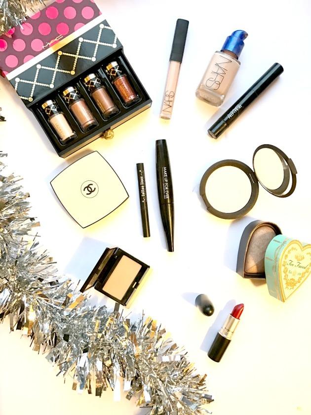christmas-party-makeup-menu-picks-beauty