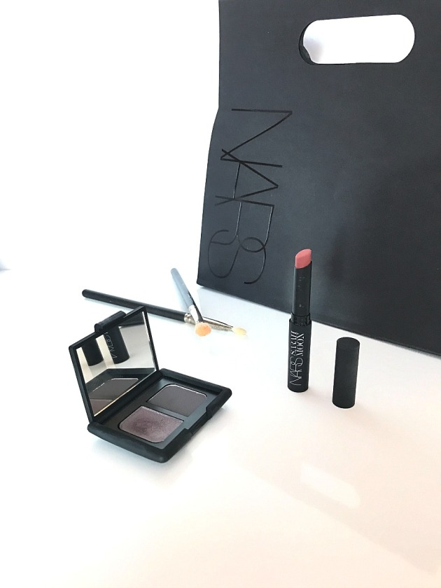 nars cosmetics, makeup, beauty, moon matte lipstick, eyeshadow duo, quai des brumes, indecent proposal, sarah moon, christmas, holiday 2016, collection